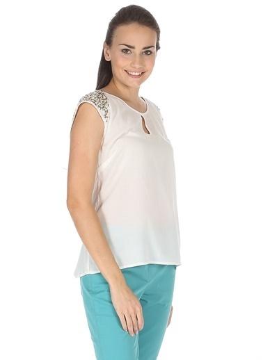 Vero Moda Vero Moda 10108527 Payet Detaylı Mercan Bisiklet Yaka Kadın Bluz Mercan